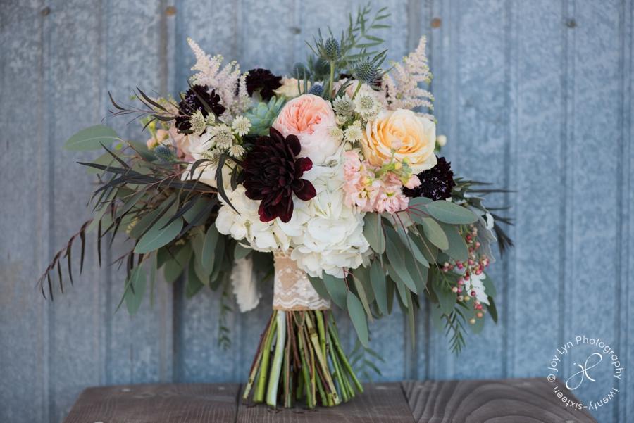 bridal-bouquet-emerson-creek-wedding
