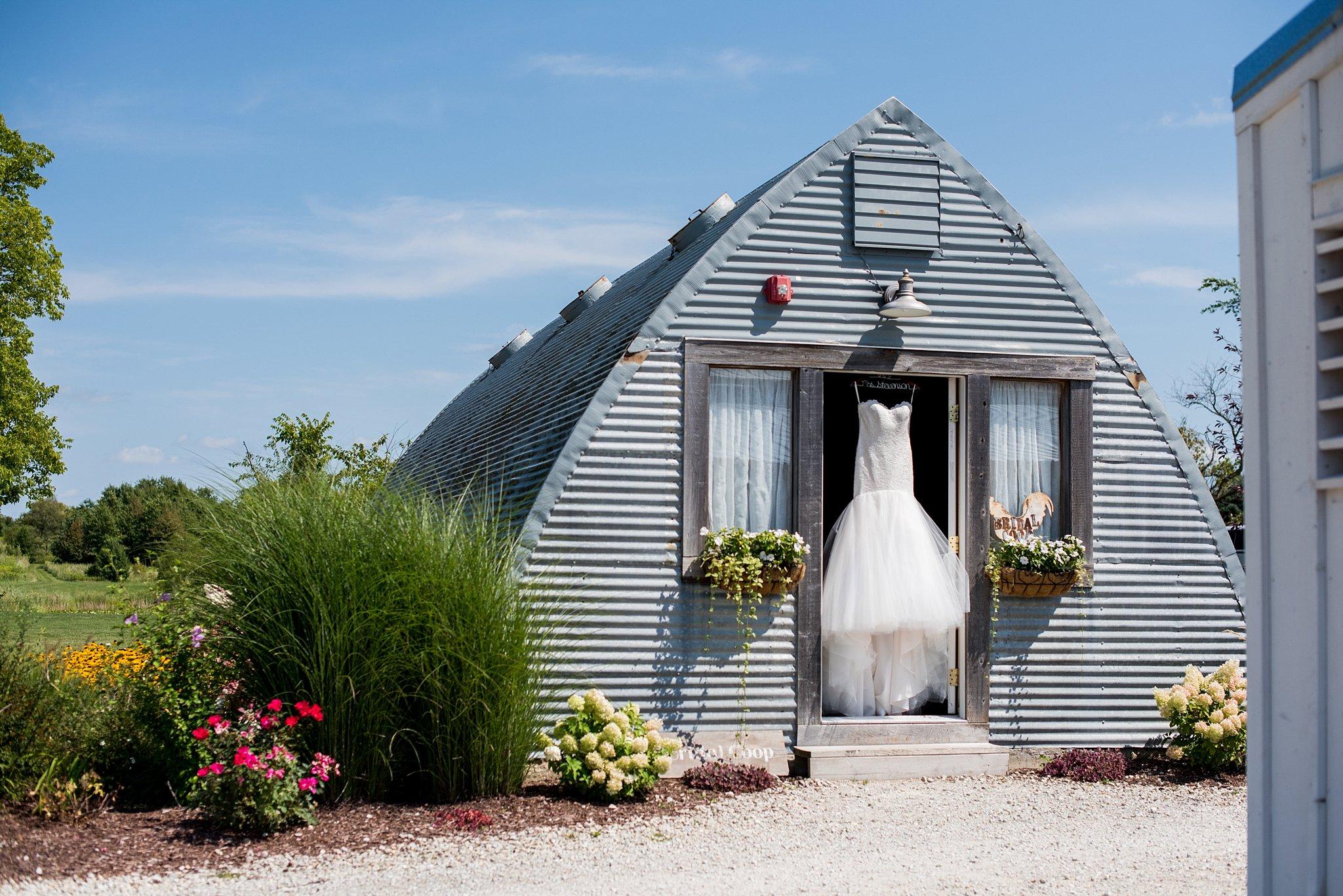 bridal coop, barn wedding, outdoor wedding, summer wedding