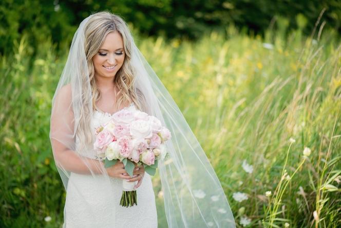 modern barn wedding, luxury wedding, outdoor ceremony
